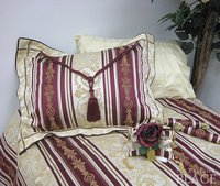 Bordeaux Brocade Linen Set - Tapestry 500-Thread Count