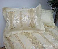 Gold Stripes of Royalty Brocade Linen Set - Tapestry 600-Thread Count